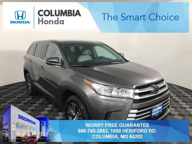 Used 2019 Toyota Highlander in Columbia, MO