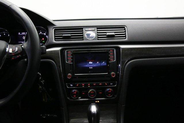 2016 Volkswagen Passat for sale 122793 18