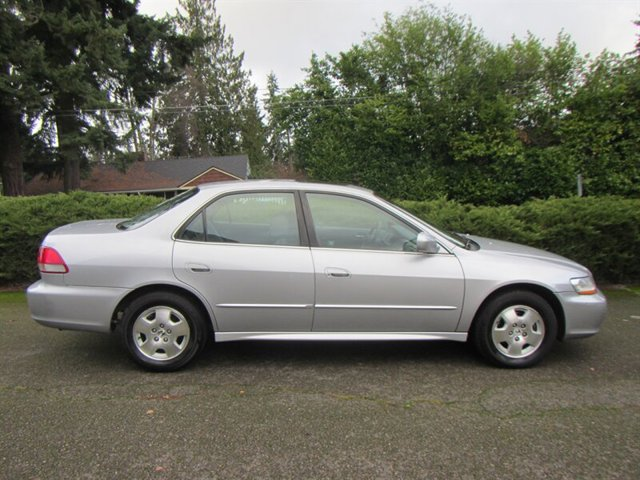 Used 2002 Honda Accord Sdn EX Auto V6 w-Leather