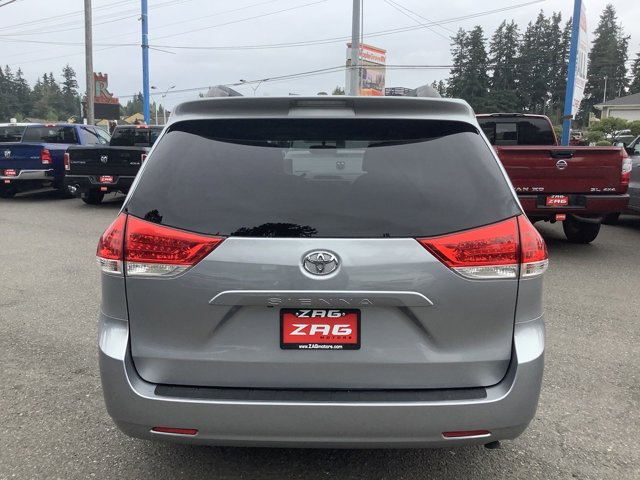 2012 Toyota Sienna 5dr 7-Pass Van V6 LE FWD