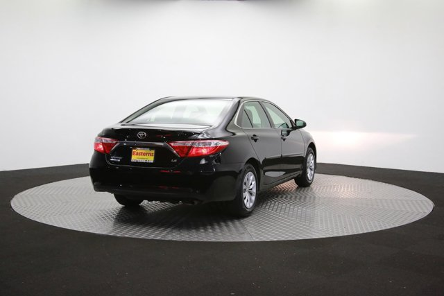 2017 Toyota Camry for sale 124354 34