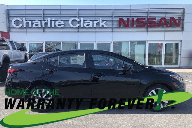 2020 Nissan Versa SR SR CVT Regular Unleaded I-4 1.6 L/98 [0]