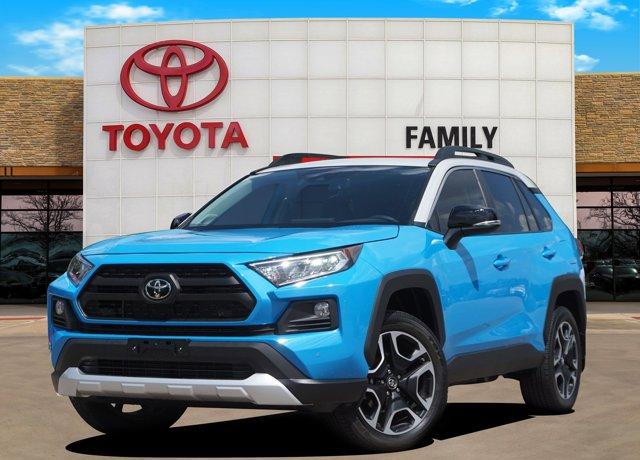 New 2019 Toyota RAV4 in Burleson, TX
