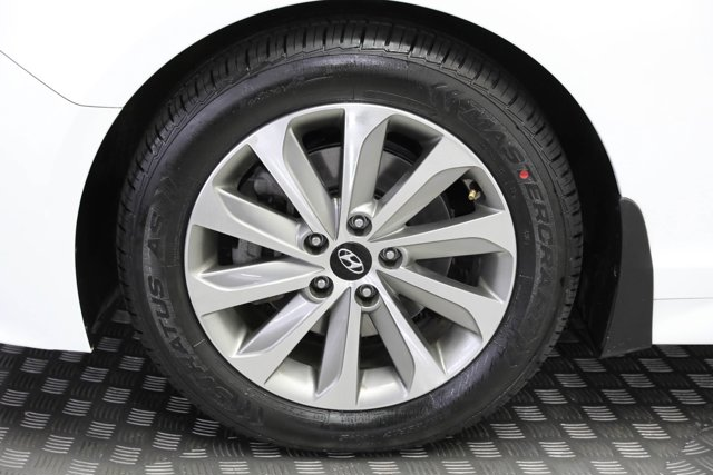 2017 Hyundai Sonata for sale 124124 27
