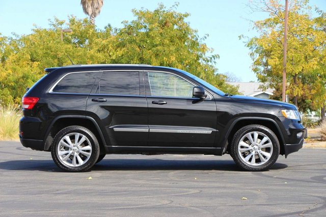 2012 Jeep Grand Cherokee Laredo 3