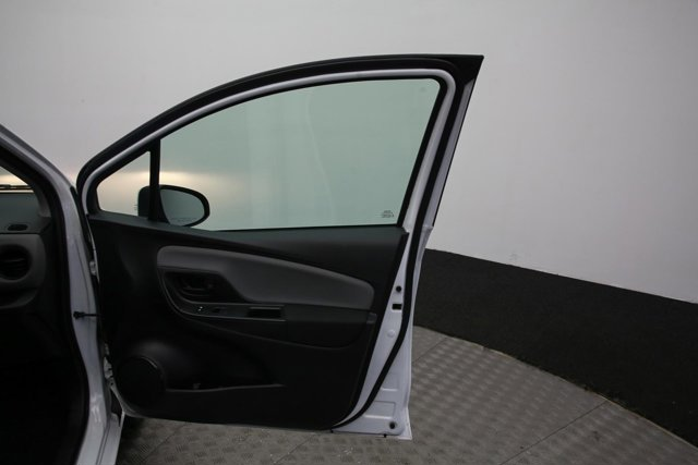 2017 Toyota Yaris for sale 121032 27