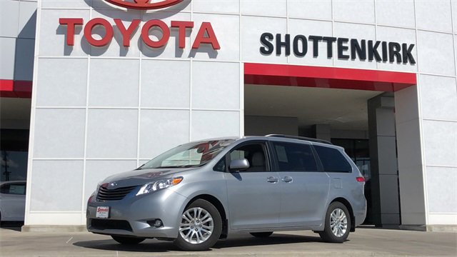 Used 2014 Toyota Sienna in Quincy, IL