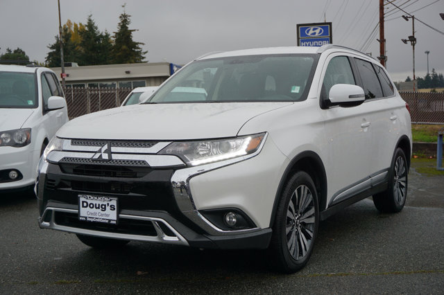 Used 2019 Mitsubishi Outlander in Edmonds Lynnwood Seattle Kirkland Everett, WA