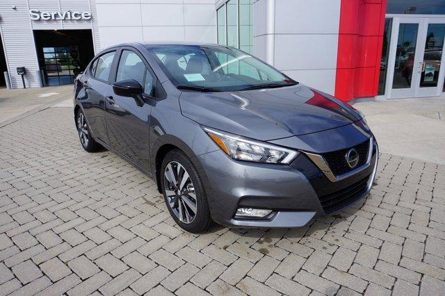 New 2020 Nissan Versa in Kansas City, MO