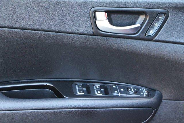 2016 Kia Optima SX Turbo 11