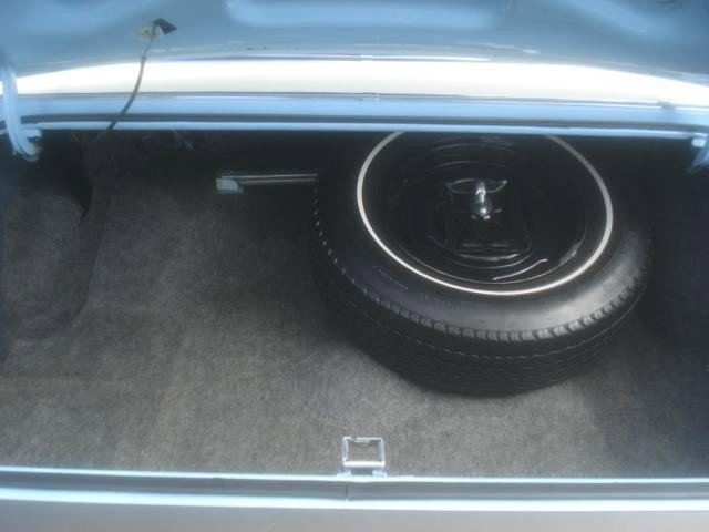 1972 Ford Thunderbird TWO DOOR photo