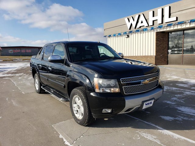Used 2007 Chevrolet Avalanche in Devils Lake, ND