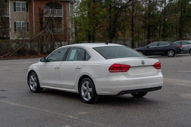 2013 Volkswagen Passat 2.5 SE