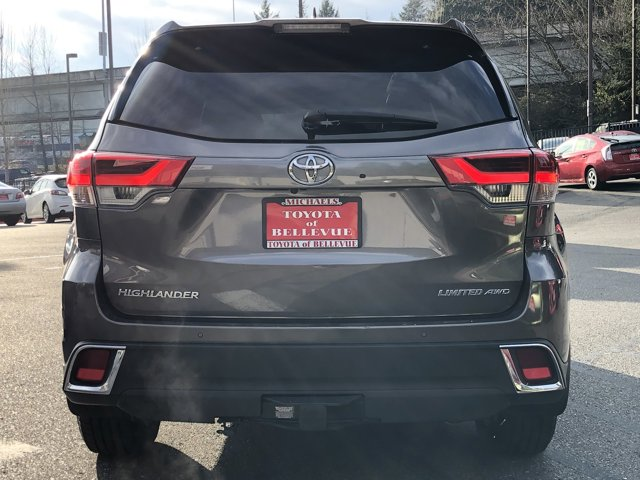 Used 2017 Toyota Highlander PLATINUM