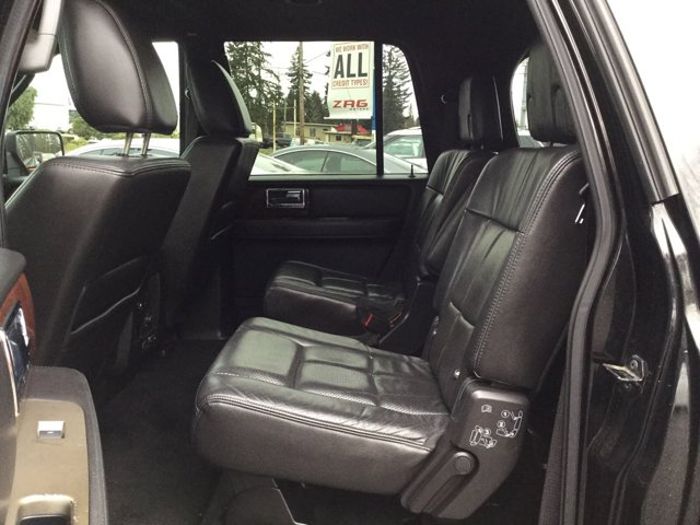 Used 2011 LINCOLN Navigator L 2WD 4dr