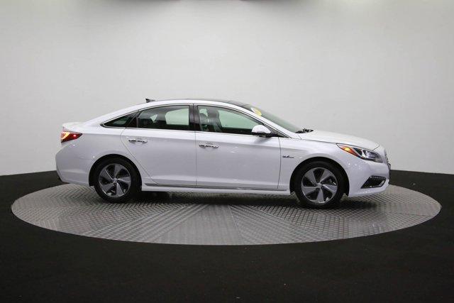 2017 Hyundai Sonata Hybrid for sale 125172 40