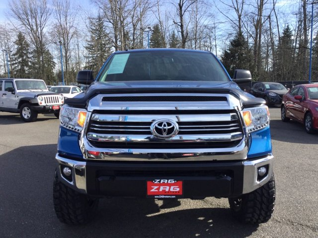 Used 2017 Toyota Tundra 4WD SR5 CrewMax 5.5' Bed 5.7L
