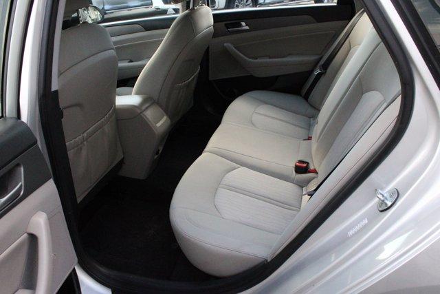 2016 Hyundai Sonata Hybrid 4dr Sdn SE