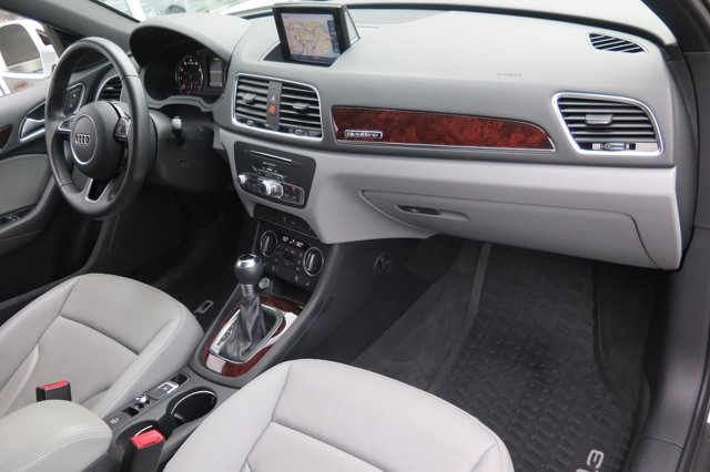 2017 Audi Q3 2.0 TFSI Premium Plus quattro AWD