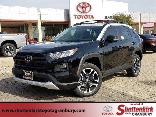 New 2019 Toyota RAV4 in Granbury, TX