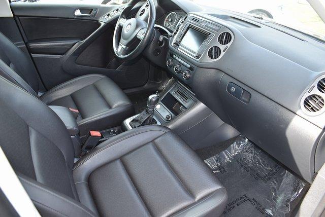 2017 Volkswagen Tiguan Wolfsburg Edition 13