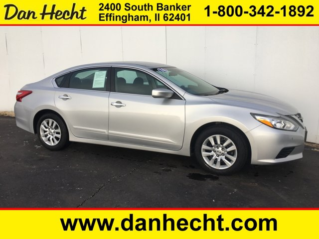 Used 2016 Nissan Altima in Effingham, IL