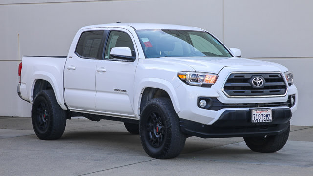 Used 2017 Toyota Tacoma in , CA