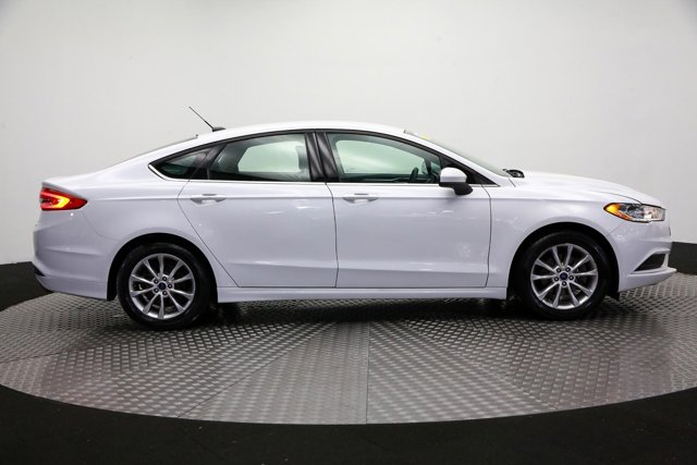 2017 Ford Fusion for sale 123712 3
