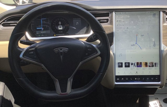 Used 2014 Tesla Model S 4dr Sdn 85 kWh Battery