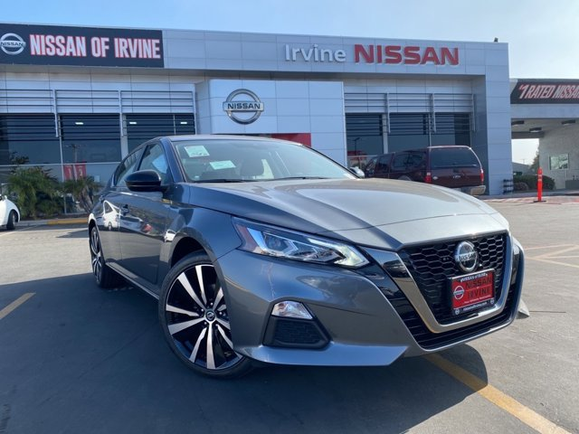 2020 Nissan Altima 2.5 SR 2.5 SR Sedan Regular Unleaded I-4 2.5 L/152 [7]