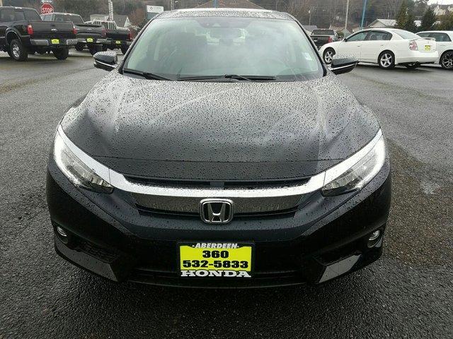New 2017 Honda Civic Sedan Touring CVT
