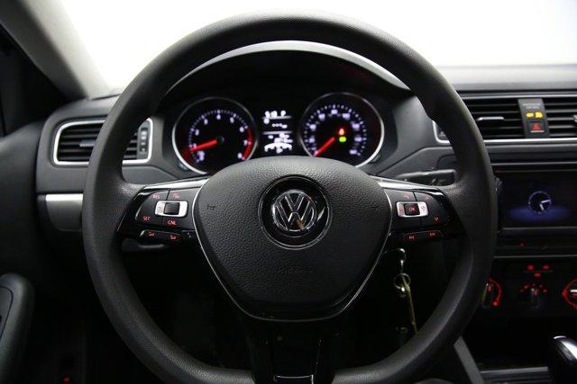 2017 Volkswagen Jetta for sale 124242 9