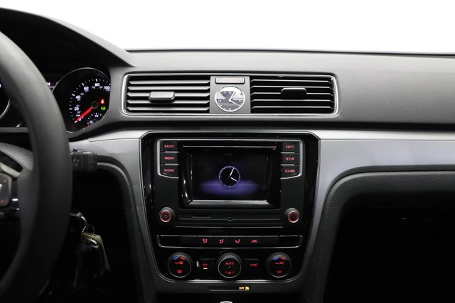 2017 Volkswagen Passat for sale 124425 10