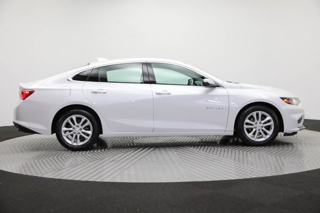 2017 Chevrolet Malibu for sale 124683 3