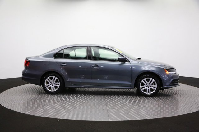 2018 Volkswagen Jetta for sale 124468 3
