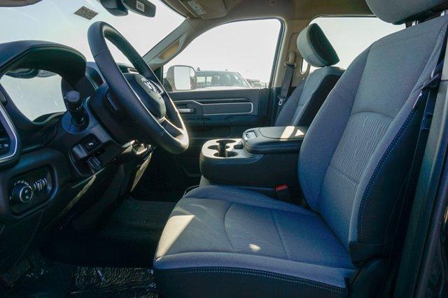 New 2019 Ram 2500 Big Horn 4x2 Crew Cab 6'4 Box