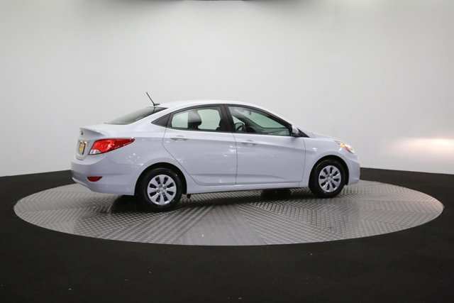 2017 Hyundai Accent for sale 124299 37