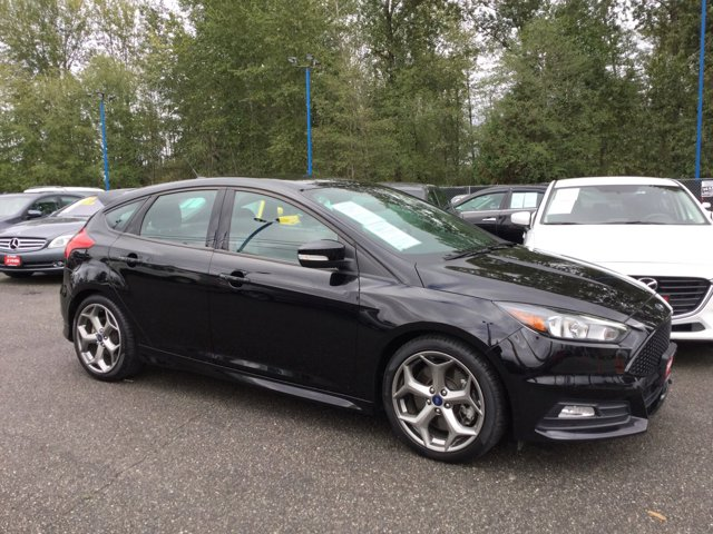 Used 2017 Ford Focus ST Hatch