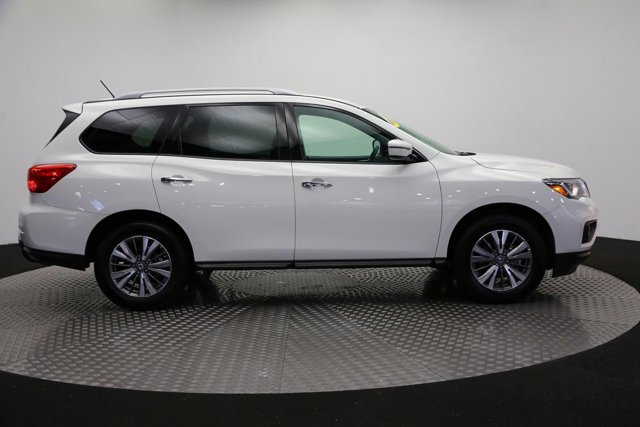 2018 Nissan Pathfinder for sale 120765 3