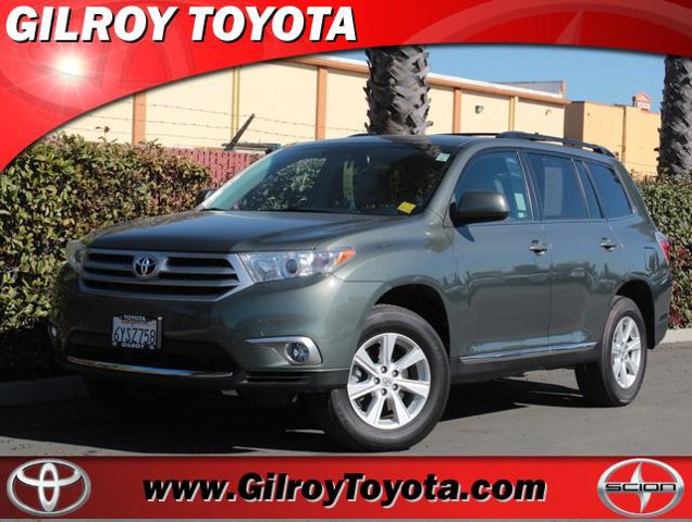 USED 2013 Toyota Highlander in Gilroy, CA