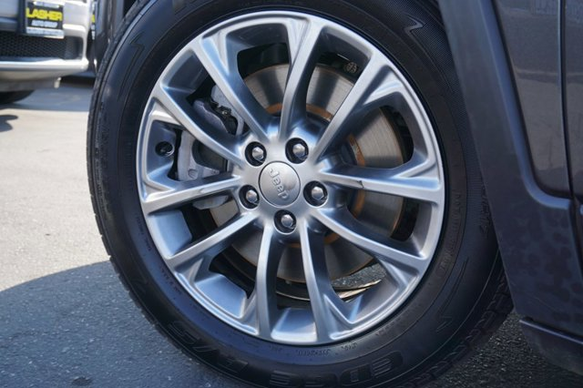 Used 2019 Jeep Cherokee Latitude Plus FWD