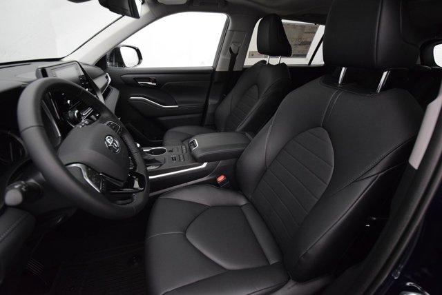 New 2020 Toyota Highlander XLE AWD