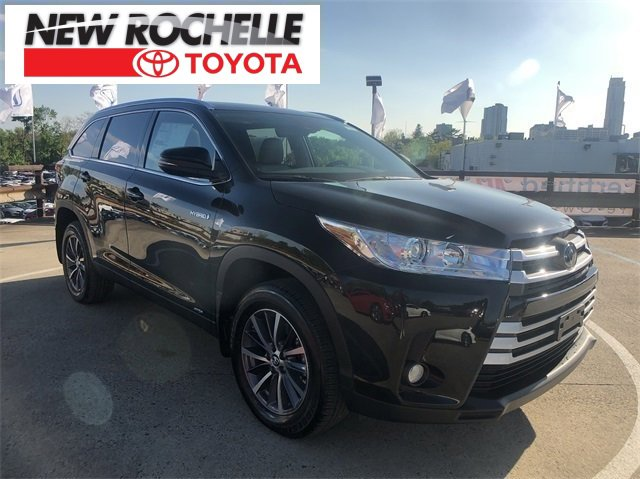 New 2019 Toyota Highlander Hybrid in New Rochelle, NY