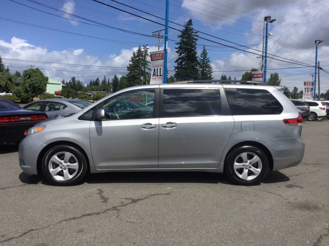 Used 2012 Toyota Sienna 5dr 7-Pass Van V6 LE FWD