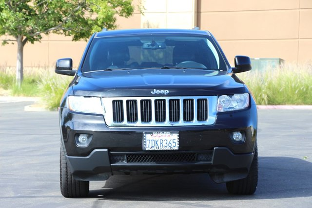 2012 Jeep Grand Cherokee Laredo 2