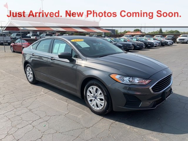2020 Ford Fusion S S FWD Regular Unleaded I-4 2.5 L/152 [2]