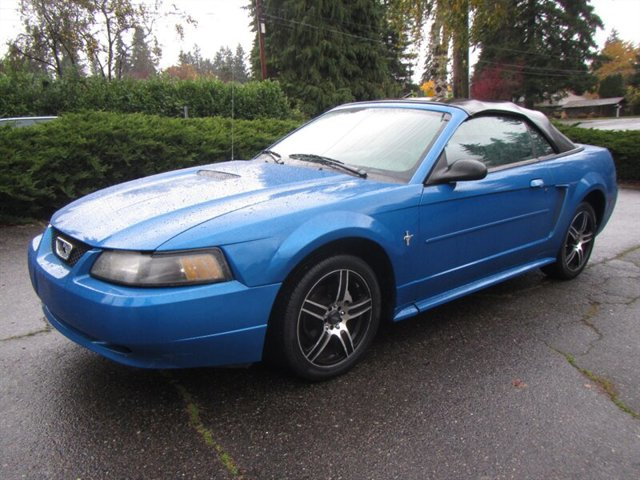 Used 2001 Ford Mustang 74K MILES