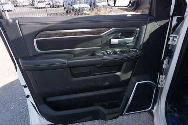 New 2020 Ram 2500 Laramie 4x4 Crew Cab 6'4 Box