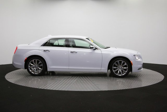 2019 Chrysler 300 for sale 122416 40