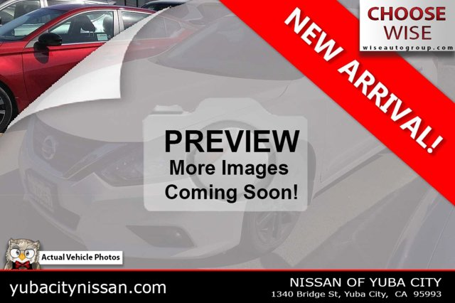 2017 Nissan Altima 2.5 SR 2.5 SR Sedan Regular Unleaded I-4 2.5 L/152 [0]